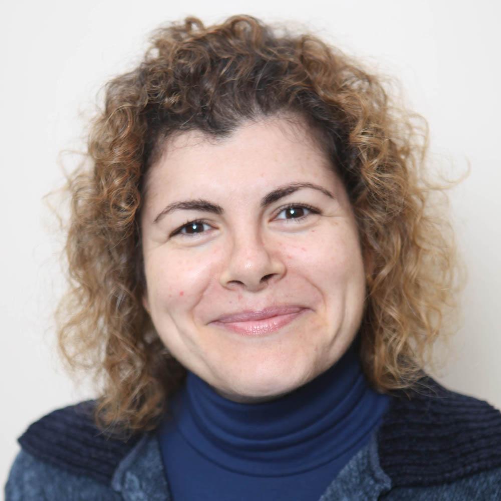 Dª. Carmen Úbeda Fernández